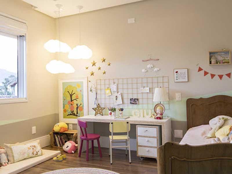 iluminacao para quarto infantil com luminarias pendentes