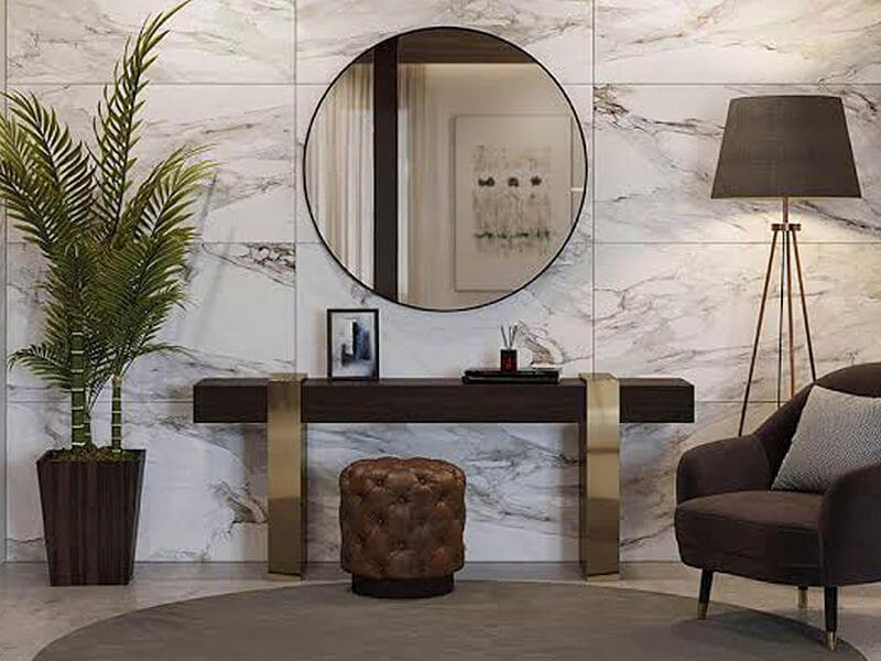 hall de entrada com espelhos